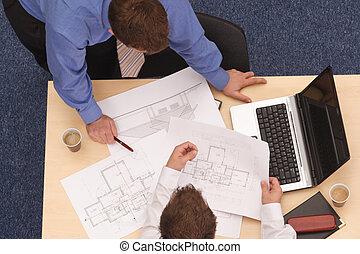 blueprints, to, arkitekter, anmeldte