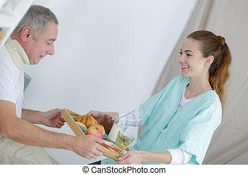 mad, hjem, give, glade, sygeplejerske, mand, senior
