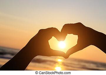 omkring, silhuet, hjerte, sol, symbol, hænder