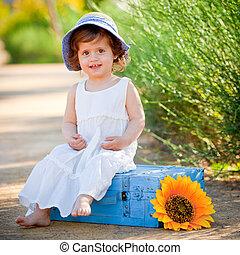 sommer, barn, udendørs, glade, siddende